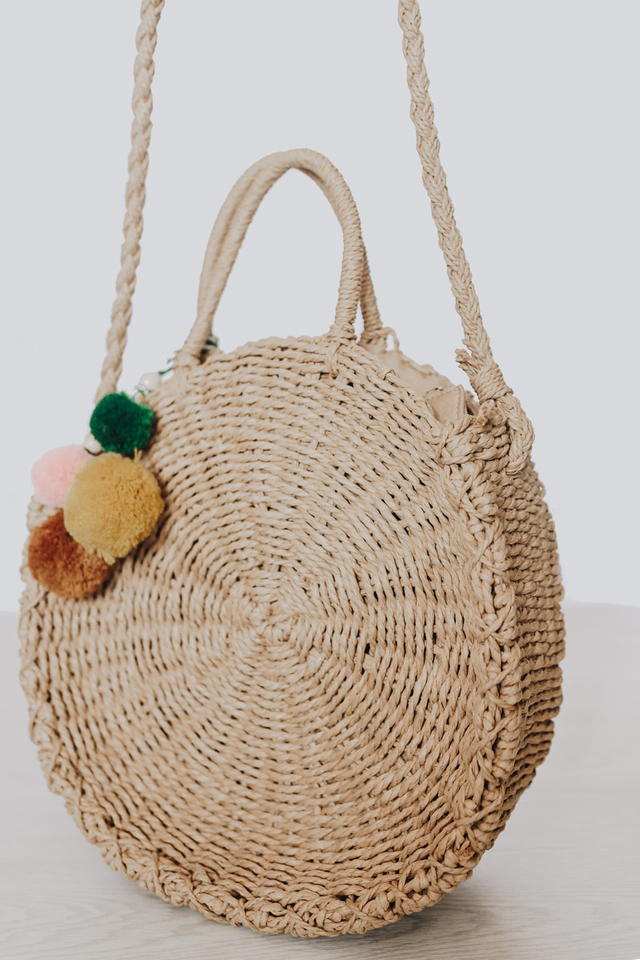 CIRCULAR STRAW BAG CAMEL (MEDIUM)