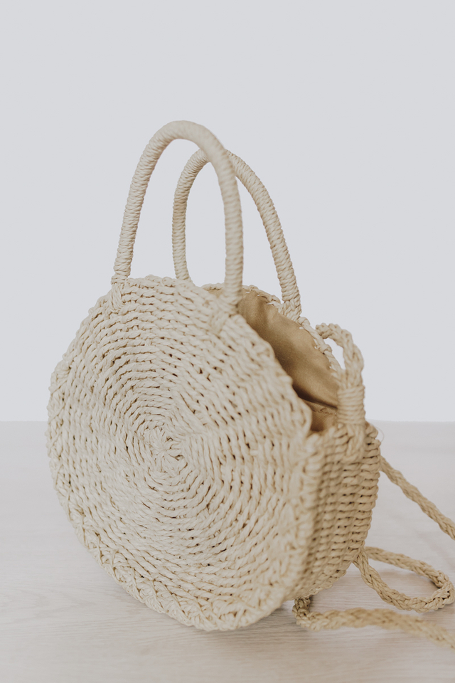 CIRCULAR STRAW BAG CREAM (SMALL)