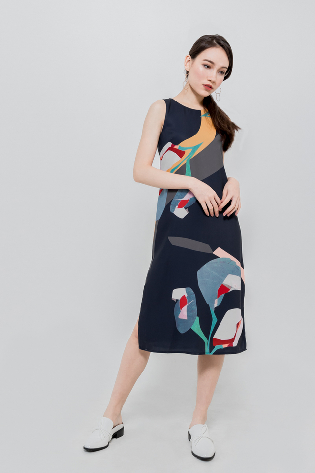 OAKAWA FLORAL PRINTED MIDI DRESS (NAVY)