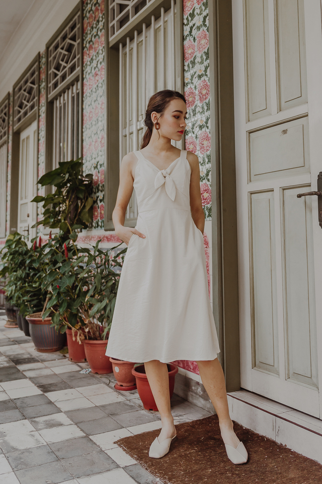 KNOTTED SPAG MIDI DRESS (CREAM)