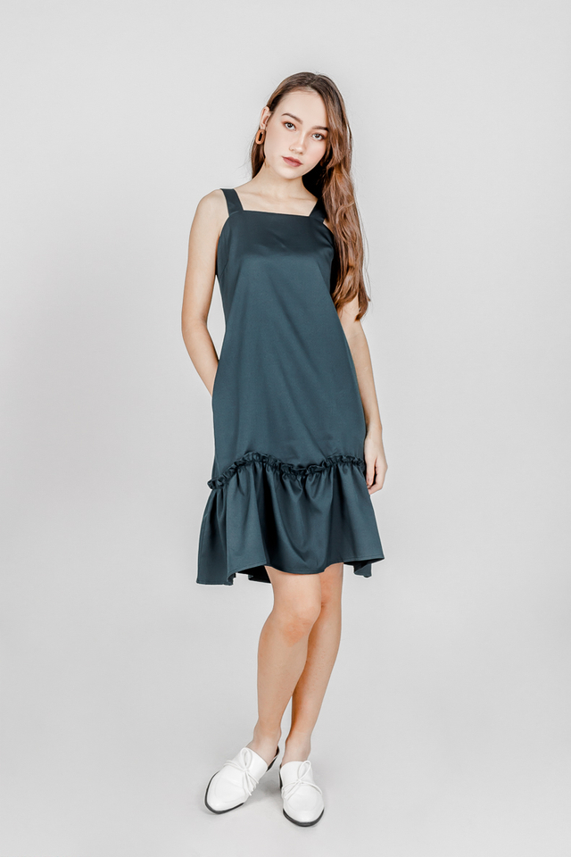 HANNAH DROPWAIST RUFFLE DRESS (FOREST GREEN)