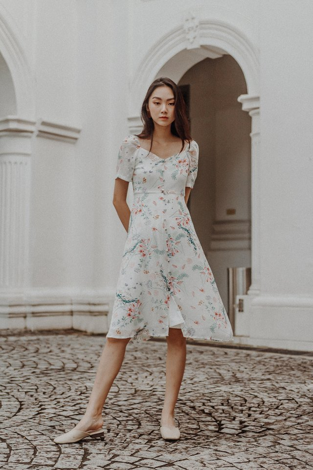 EDEN FLORAL PUFF SLEEEVE MIDI DRESS