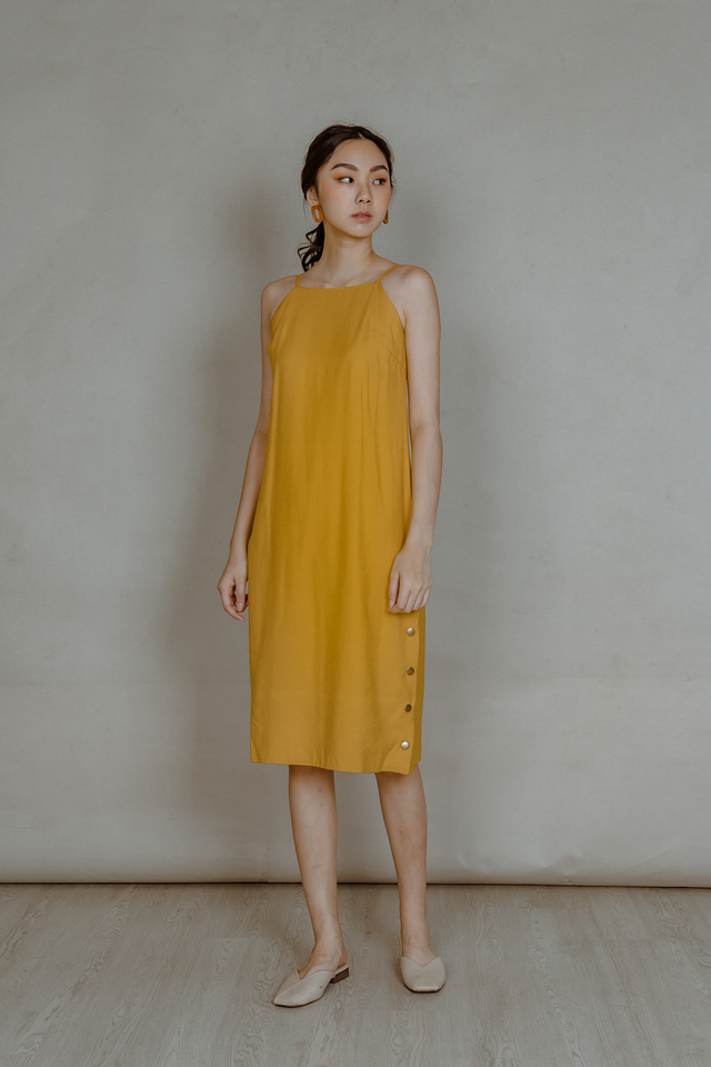 SIDE SLIT LINEN BUTTON MIDI DRESS (MUSTARD)