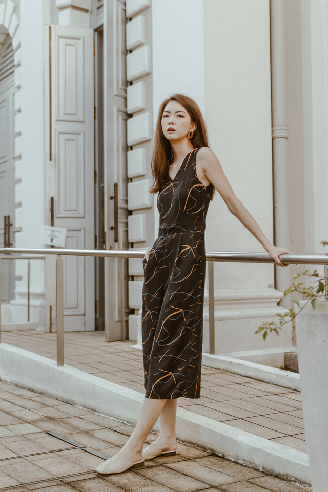 ABSTRACT BRUSHSTROKE JUMPSUIT (BLACK)