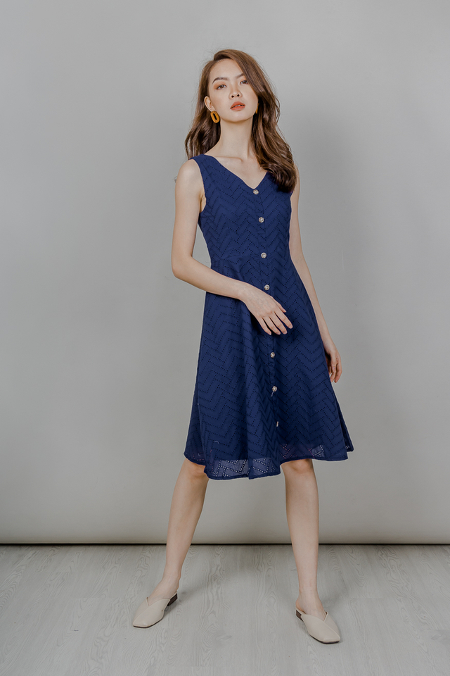 EYELET BUTTONED MIDI DRESS (NAVY)
