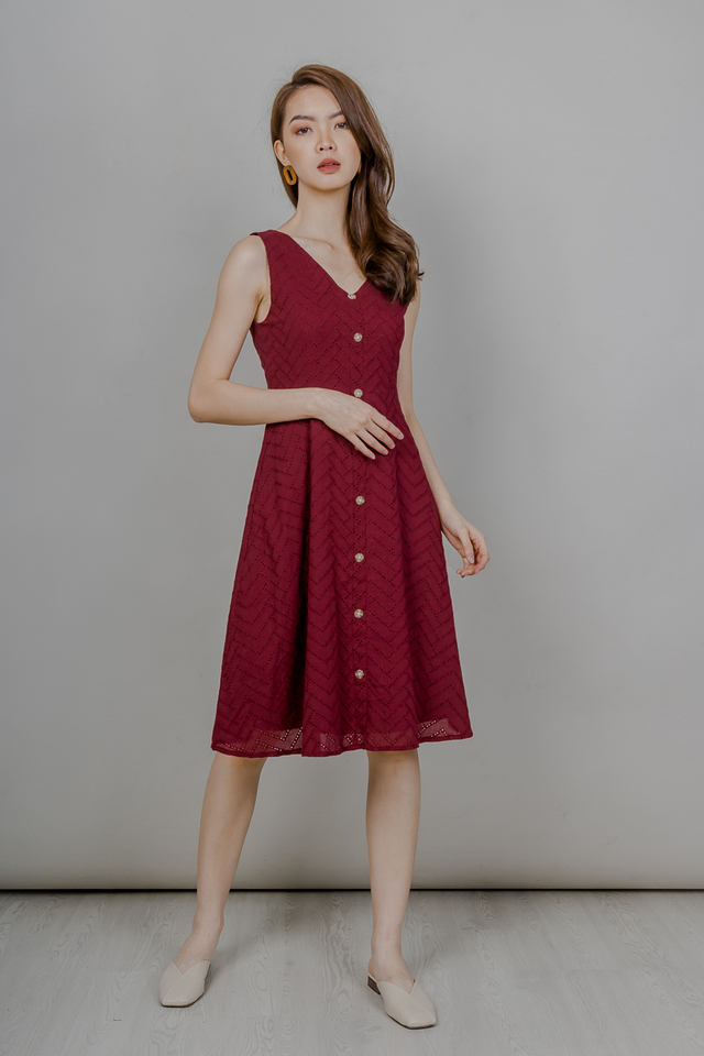 EYELET BUTTONED MIDI DRESS (WINE RED)