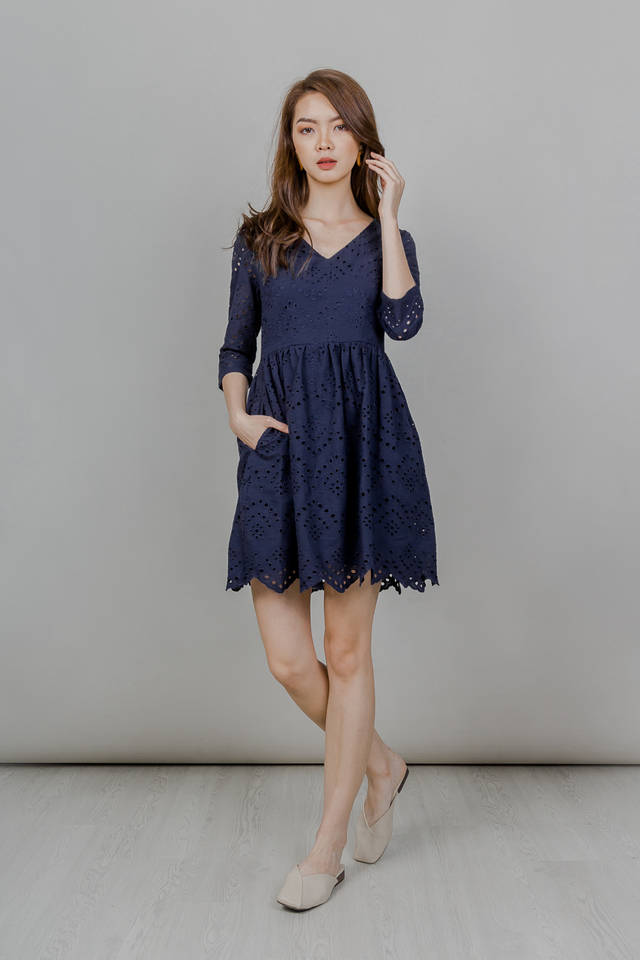 EYELET BABYDOLL SLEEVE DRESS (NAVY)