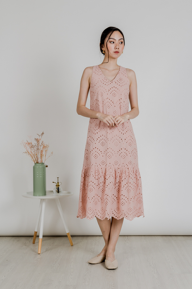 EYELET SCALLOP HEM MIDI DRESS (PINK)