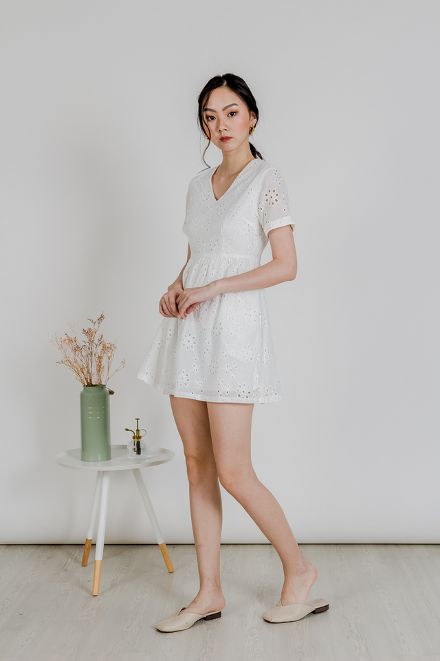 BABYDOLL SLEEVE DRESS (EYELET WHITE)
