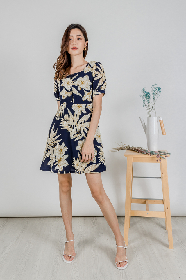 LELA PUFF SLEEVE  BUTTON DRESS (NAVY FLORAL)