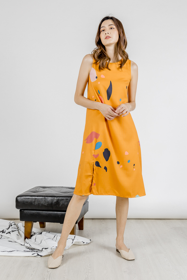 ABSTRACT SLIT MIDI DRESS (MUSTARD)