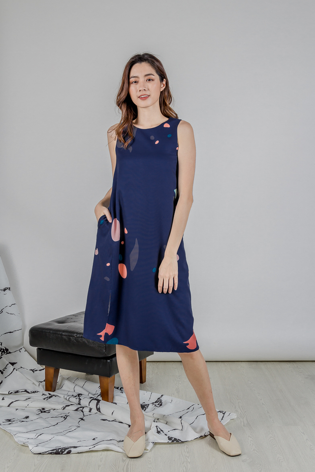 ABSTRACT SLIT MIDI DRESS (NAVY)