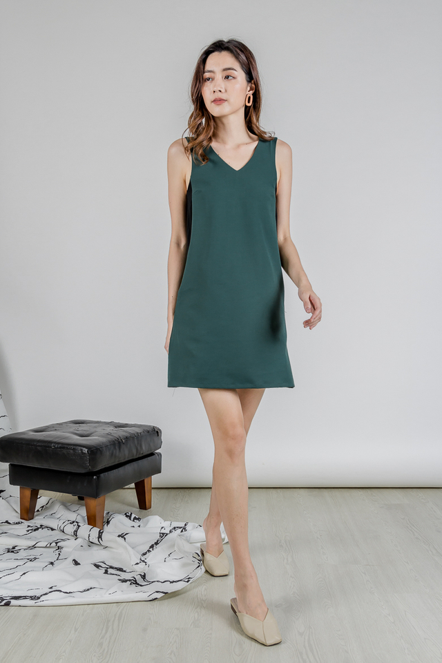 MELSON DUAL TONE KNOTTED DRESS (FOREST GREEN/BLACK)