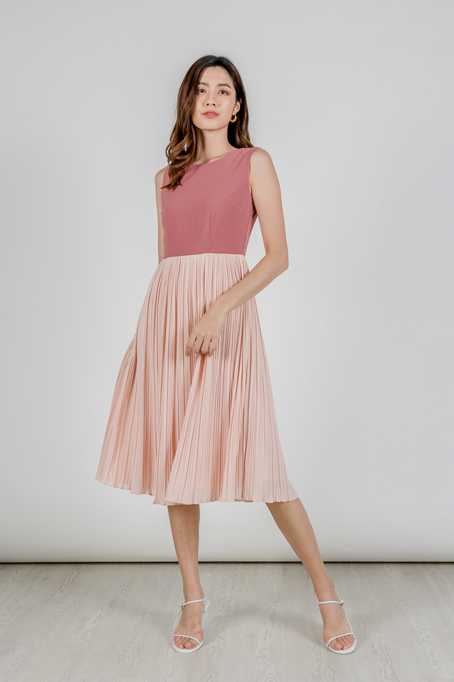 JORENE COLOURBLOCK PLEAT MIDI DRESS (PINK)