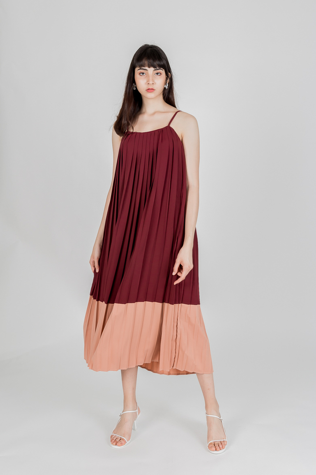 THOUSAND MILES COLOURBLOCK PLEAT MAXI DRESS (WINE RED)