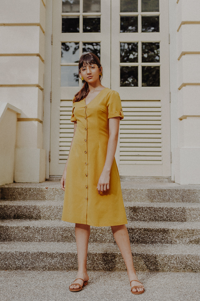 ODYSSEY BUTTON DOWN BELTED SLEEVE MIDI (YELLOW)