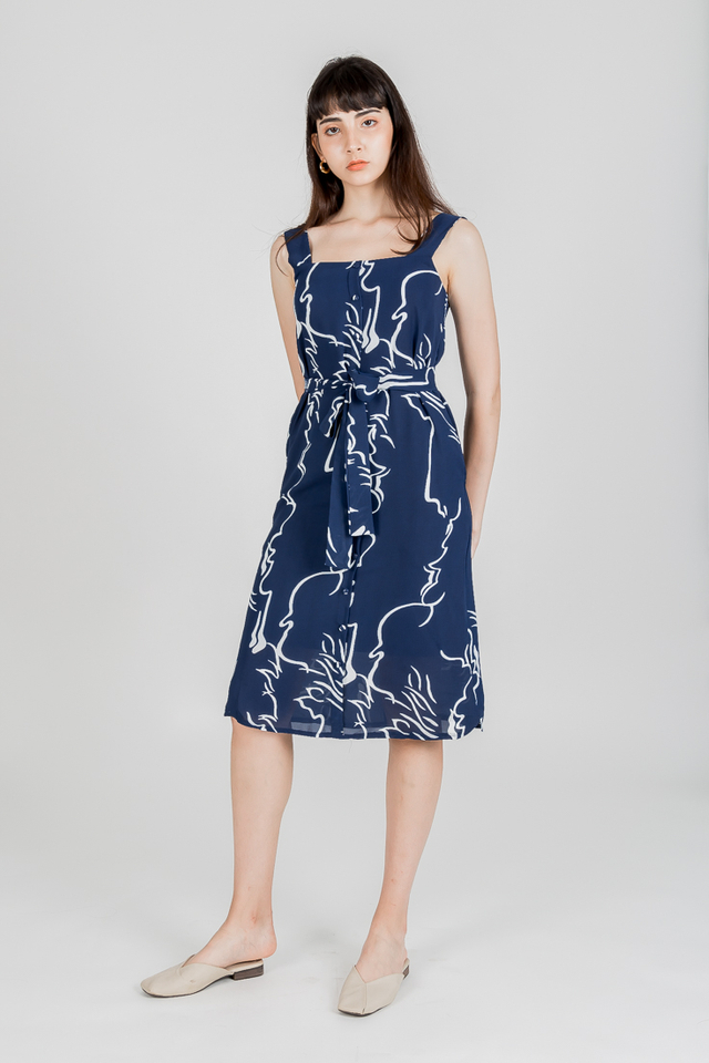 THE DIVINE ABSTRACT BUTTON DOWN MIDI (NAVY)