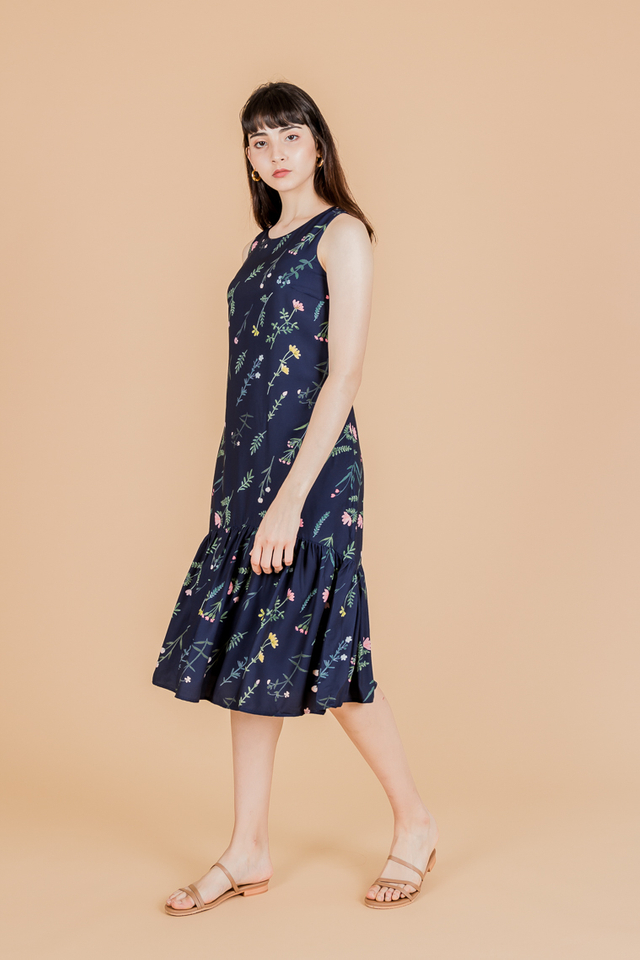FOLIAGE FLORAL BELTED MIDI DRESS (NAVY)