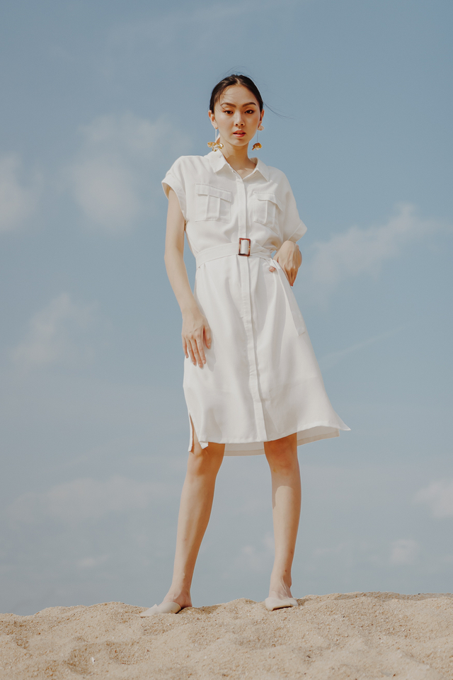 UTILITY BUCKLE SHIRT DRESS (WHITE)