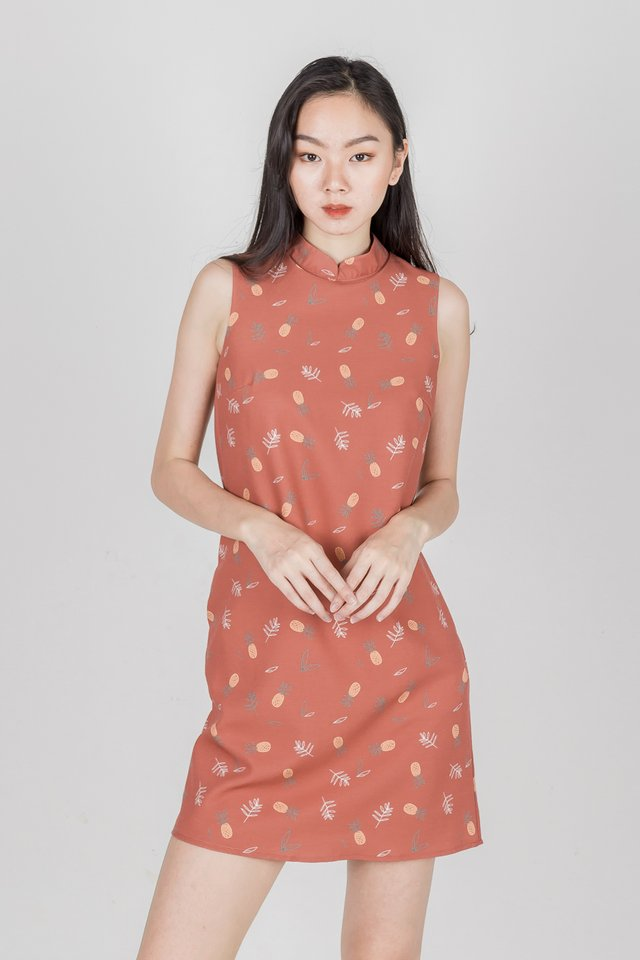 PINEAPPLE ORIENTAL SHIFT DRESS (TEA ROSE)