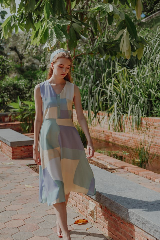 FION ABSTRACT MIDI DRESS (SAGE)