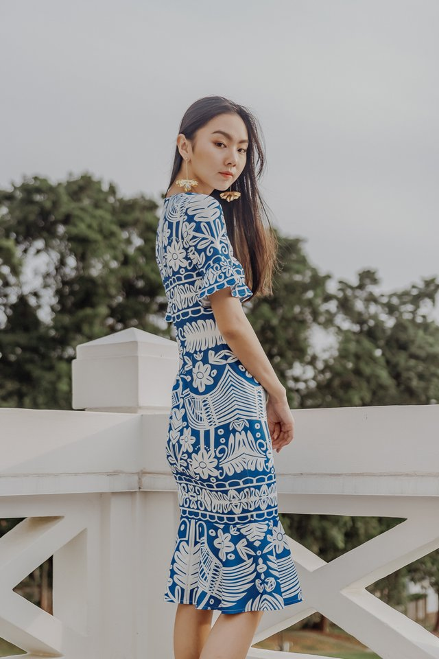 GLENDA PRINT MIDI DRESS (BLUE)