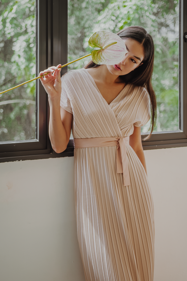 VALENTIA WRAP PLEATED MIDI DRESS (IVORY)
