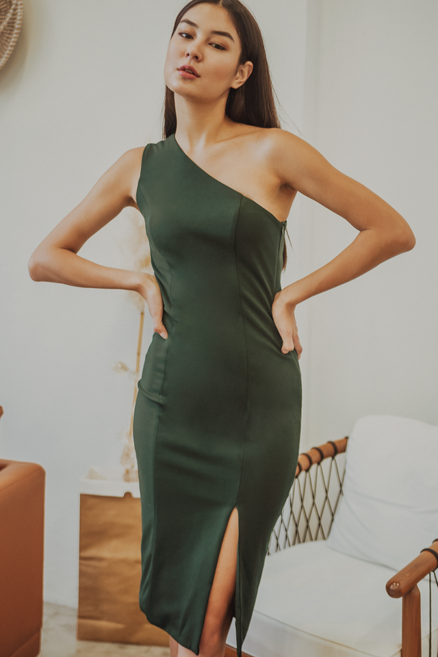 ALTHEA ONE SHOULDER BODYCON MIDI DRESS (FOREST GREEN)