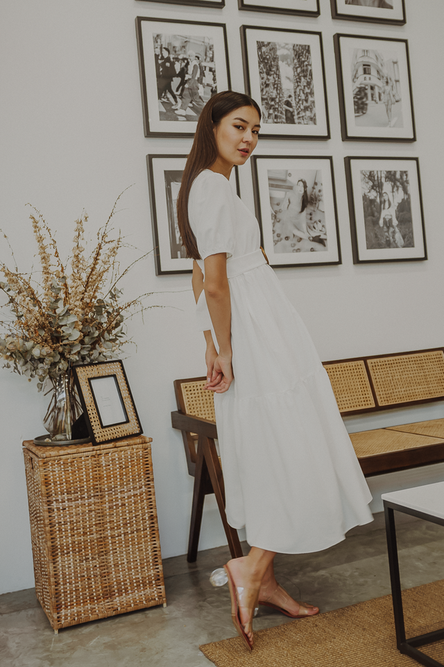 LOLITA TIED MAXI DRESS (WHITE)