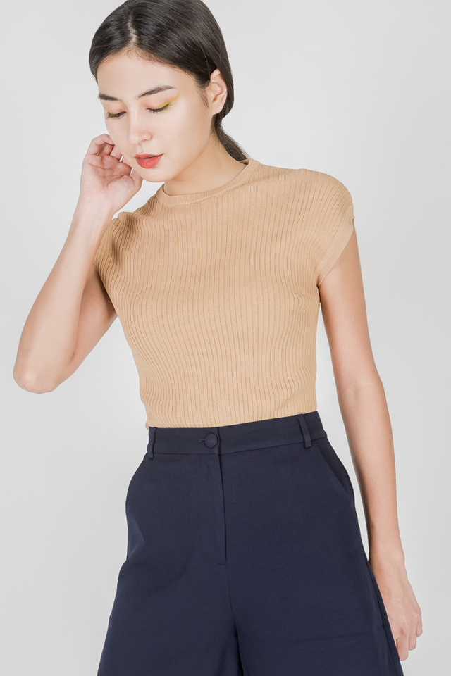 YANA KNIT TOP (CAMEL)