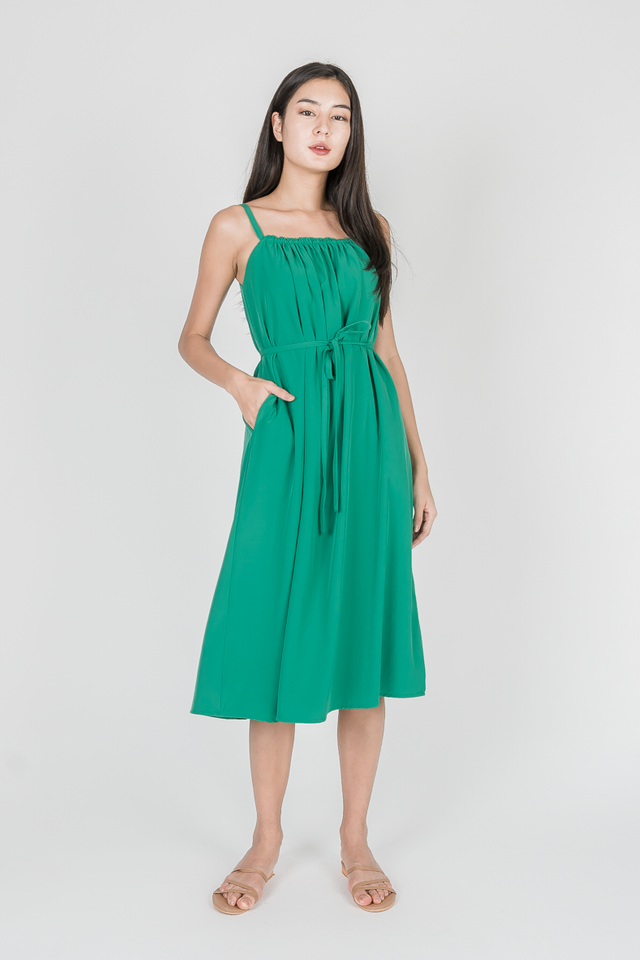 OHIO GATHERED MIDI DRESS (KELLY GREEN)